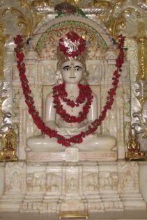 swethambar_murthypoojak_jain_temple_madgaon_goa_20120711_1305917765