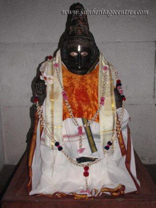 Shravanabelagola-Town-Bhandari-Basadi-Jain-Temple-0014