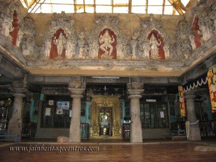 Shravanabelagola-Town-Matada-Basadi-Jain-Temple-0009