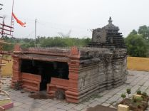ancient_sri_parshwanatha_swamy_temple_ammanagi_20120907_1610066275