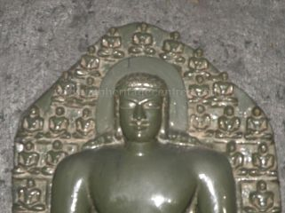 ancient_sri_parshwanatha_swamy_temple_ammanagi_20120907_1610104773