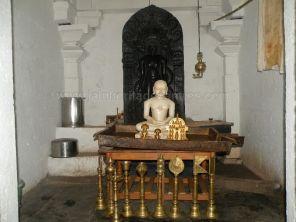 ancient_sri_parshwanatha_swamy_temple_ammanagi_20120907_1619232780