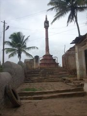 ancient_sri_parshwanatha_swamy_temple_amminabhavi_20120907_1194976695