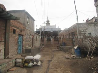 jain_idols_and_temples_at_alaguru_-_jamakhandi_taluk_-_bagalkote_dsitrict_-_karnataka_-_india_20160515_1396226672