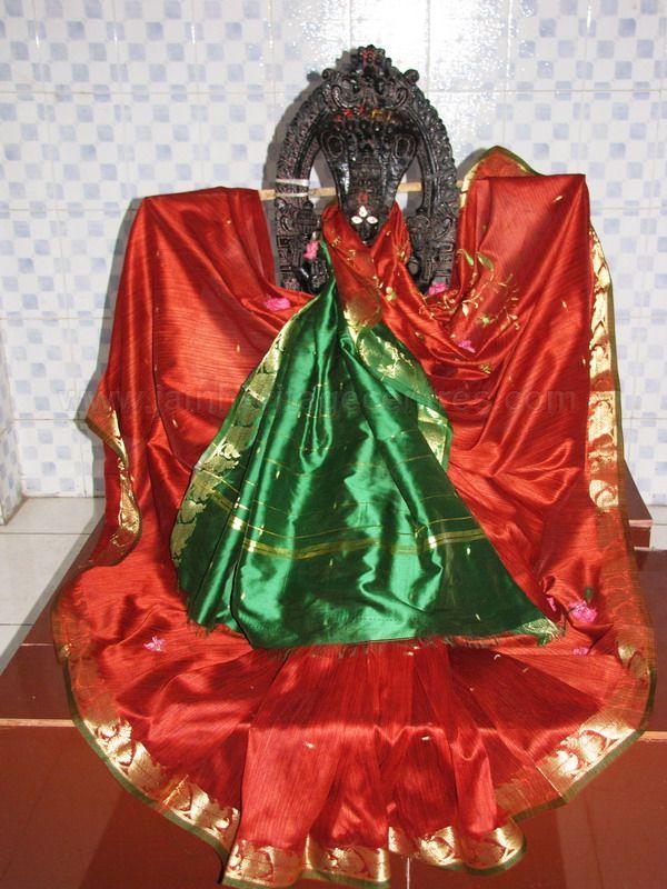 sri_kashtaharana_parshwanatha_swamy_digambar_jain_temple_-_nidugal_20120419_1065059756
