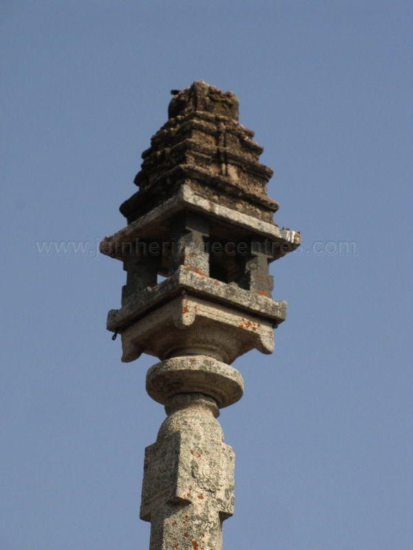 sri_kashtaharana_parshwanatha_swamy_digambar_jain_temple_-_nidugal_20120419_2071223885