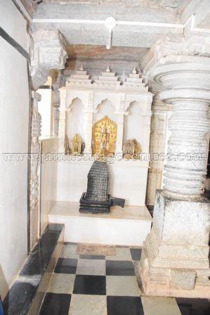 sri_mahavir_swamy_digambar_jain_temple_20160515_1585899652