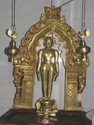 sri_mallinath_swamy_digambar_jain_temple_madhugiri_20130218_1102903186 - Copy