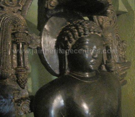 sri_shanthinath_and_anathanath_swamy_digambar_jain_temple_-_kandikere_20160515_1731219275