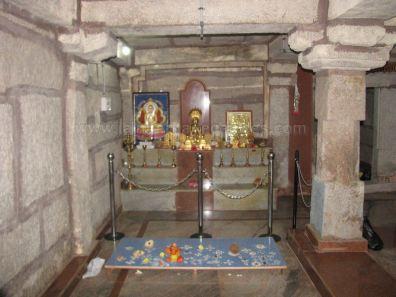 sri_suparshwanath_swami_digambar_jain_temple_midigeshi_karnataka_india_20130218_1564217768