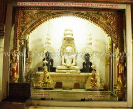 digamber_jain_nasiyan_bhattarakji_at_jaipur_20160622_1826487778