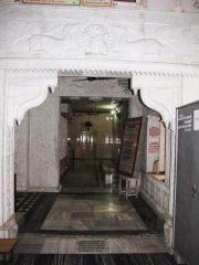 shri_parshwanath_digambar_jain_temple_-_vahalna_20120419_1602377313