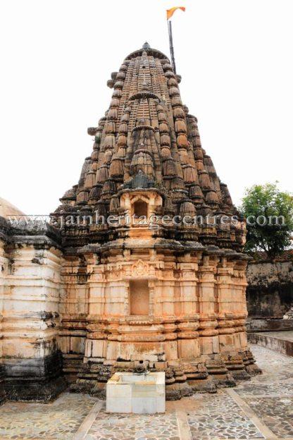 sri_adinath_swamy_digambar_jain_temple_at_jawas_20160813_1121168369