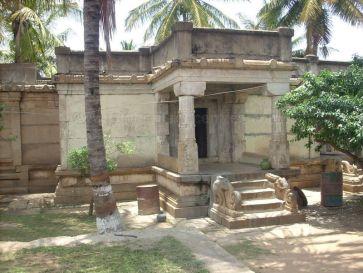 sri_adinatha_swamy_digambar_jain_temple_harave_20120612_1818897375
