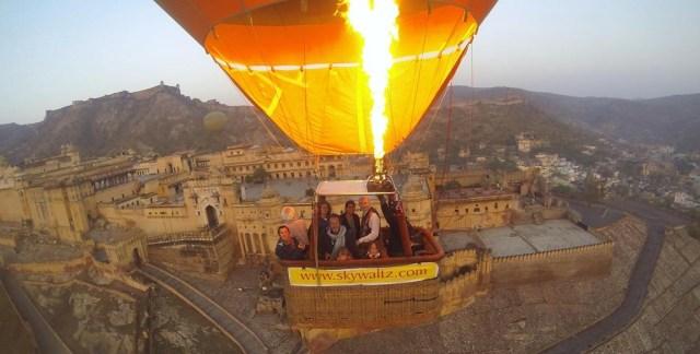 Hot air balloon at Skywaltz