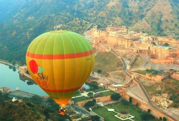Hot air balloon ride in Jaipur