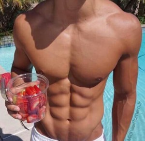 abs-beach-body-boy-favim-com-3206511