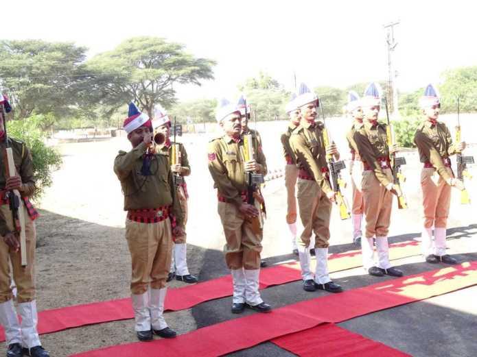 पुलिस आईजी रेंज जोधपुर हवासिंह घुमरिया ने जैसलमेर में लिया कानून व्यवस्था का जायजा 1