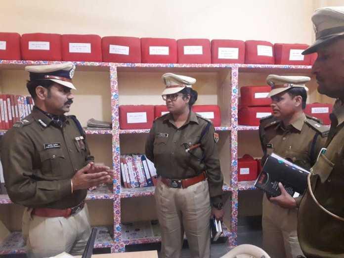 पुलिस आईजी रेंज जोधपुर हवासिंह घुमरिया ने जैसलमेर में लिया कानून व्यवस्था का जायजा 5