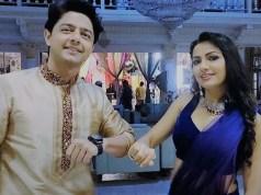 The Elbow Touch- Pyar Ki Luka Chuppi-Alan Kapoor-Preet Kaur Madhan