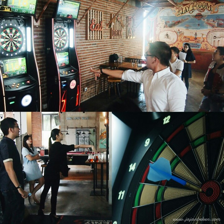 jajan beken belajar main dart game di the playroom