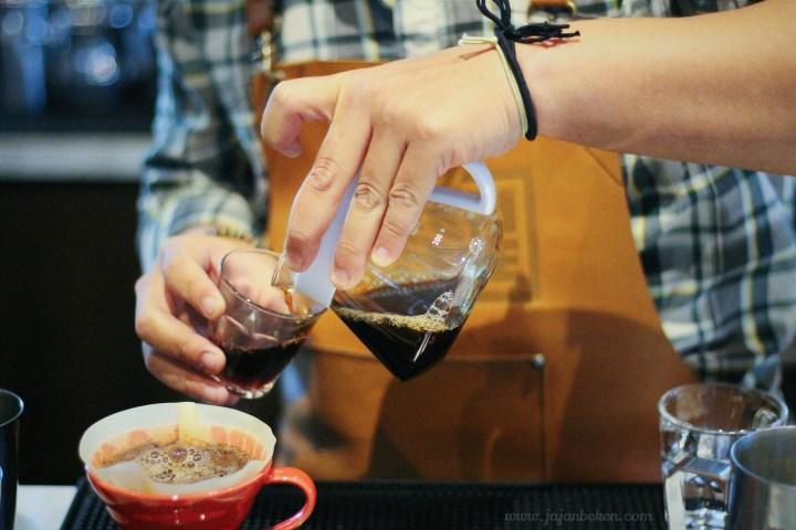 jajanbeken keren coffee landmark pluit.jpg