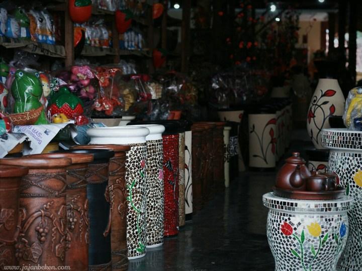 jajanbeken plered pusat keramik jawa barat purwakarta 13