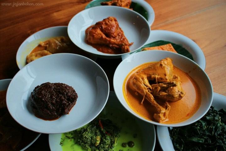 jajanbeken padang merdeka sumatera cuisine