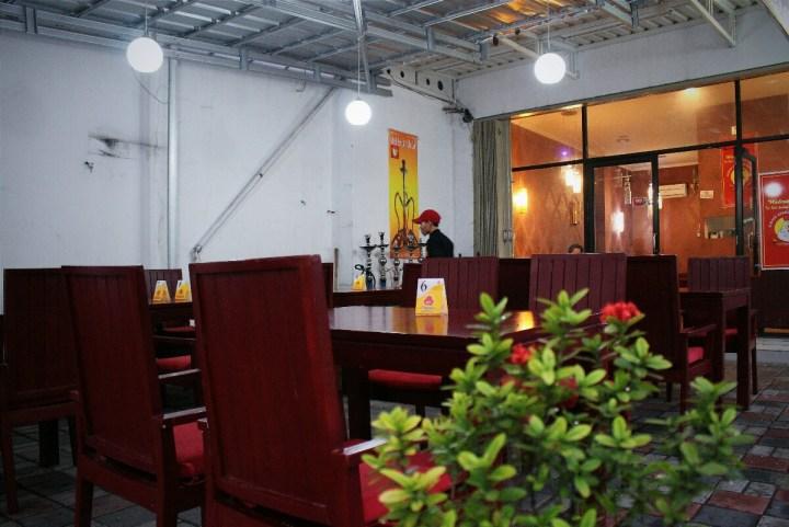 jajanbeken albaek restaurant jakarta arabian fried chicken