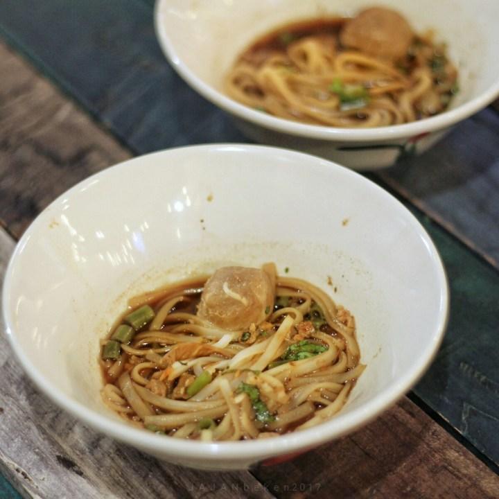 jajanbeken boat noodle indonesia menu