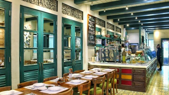 jajanbeken restoran teras dharmawangsa