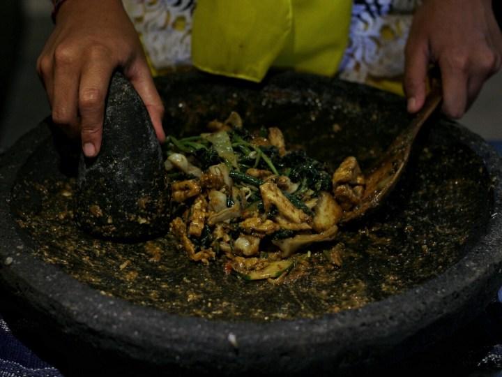 jajanbeken masakan khas bali