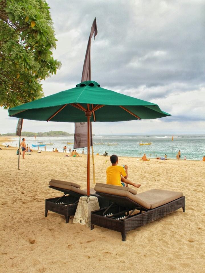jajanbeken mengiat beach