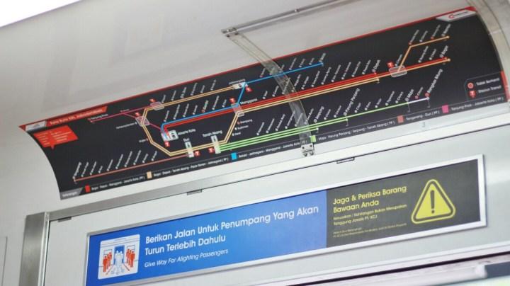jajanbeken pt kereta api indonesia