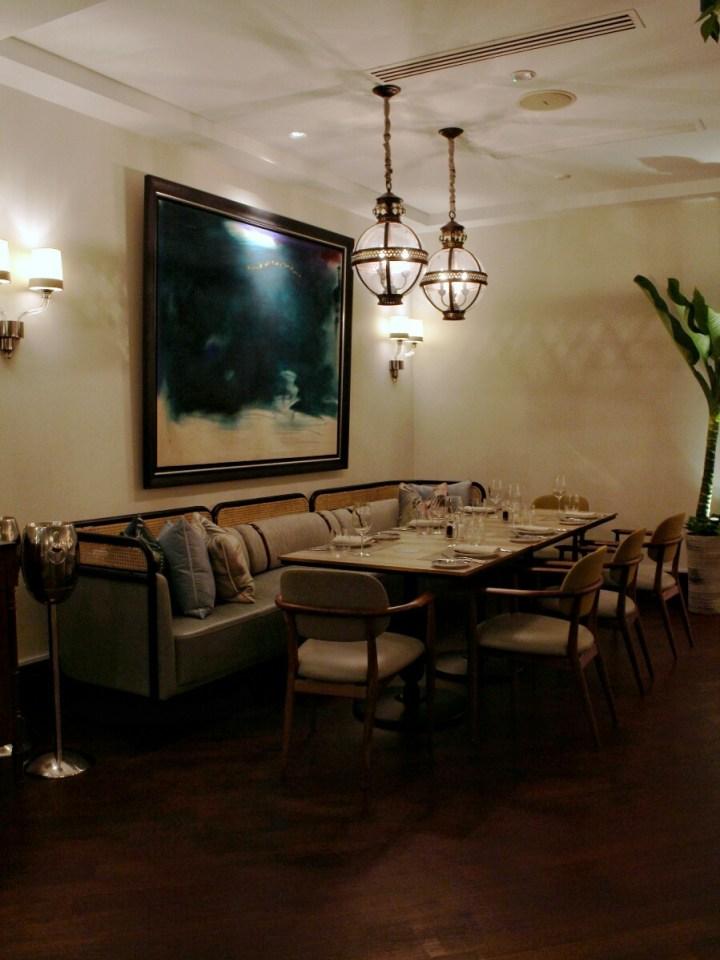 jajanbeken indonesia hotel reviewer