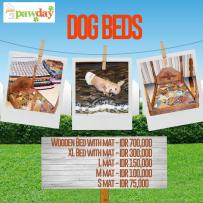 Hi! JAAN will be selling some dog beds on PAWDAY 2015. The thin ones that come in S, M, L are very practical, very comfy for the dogs, and you can easily wash them in the washing machine. The thicker ones have a zipper so the cover can be washed. For experienced dog owners who have bought dog beds must know that this is very cheap. So make sure you keep an eye on this special promo! Other than this, we'll be selling so much more other merchandise also. So what else are you waiting for? Get your PAWDAY 2015 tickets now! #jaan #jakartaanimalaidnetwork #pawday #pawday2015 #merchandise #dogbeds #dogstuff #jakartaevent #tamanlangsat