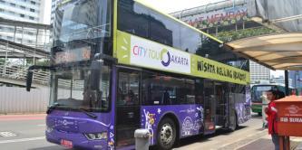 Bus tingkat City Tour Wisata Kelilin Jakarta. Photo Source