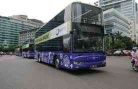 Bus tingkat City Tour Wisata Kelilin Jakarta.