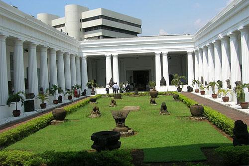 wisata-jakarta-jakartatraveller-museum-nasional-indonesia