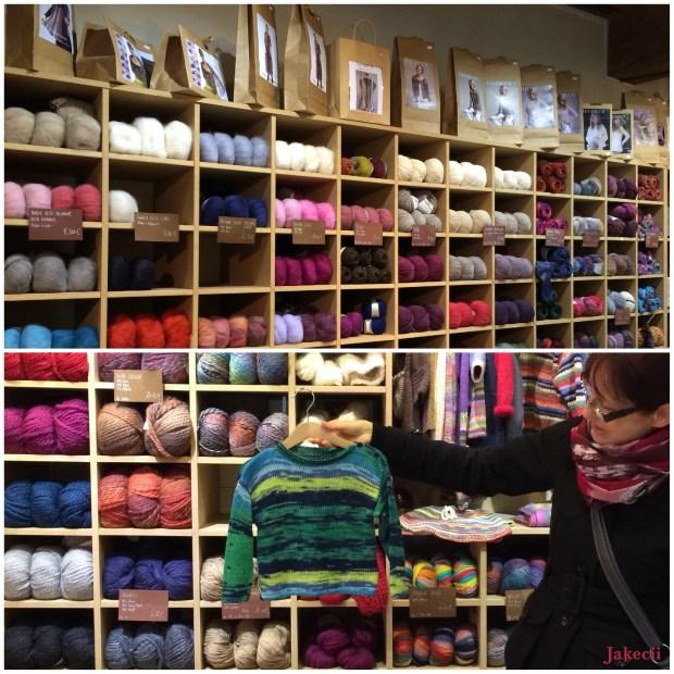 Jakecii - Lyon - Elle tricote (3)