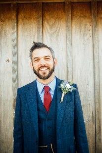 kingscote-barn-wedding-photography-18