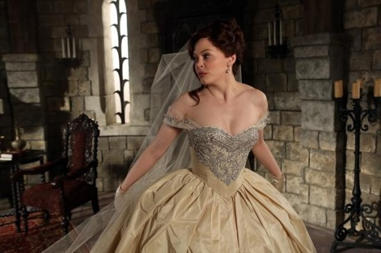 "Rose McGowan returned to ""Once Upon A Time"" to reveal more about Cora's past and decision to abandon Zelena. (Photo property of ABC's Jack Rowand)"