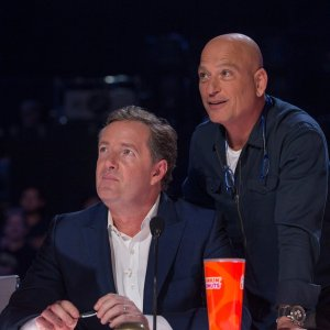 Piers Morgan and Howie Mandel reunite on America's Got Talent