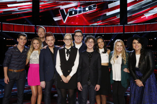 """""""The Voice: Season Nine"""" Top 10 pose together during a show taping. (Photo property of NBC's Trae Patton)"""