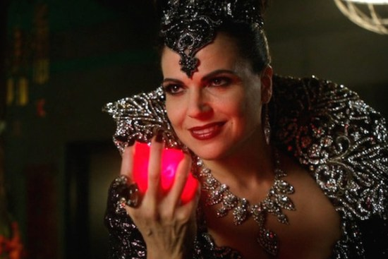 The resurrected Evil Queen plans to start a war! (Photo property of ABC Studios & Kitsis/Horowitz)