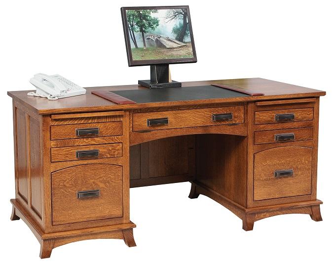 Jakes Amish Furniture GO 3268 Mt Eaton Executive Desk