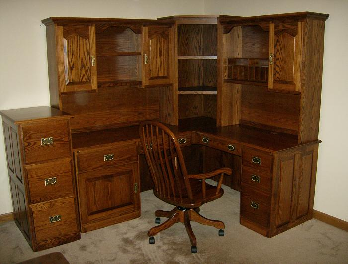Jakes Amish Furniture Corner Desk With File Cabinet