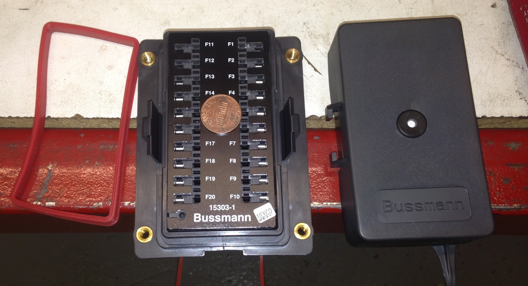 hight resolution of penny in fuse box