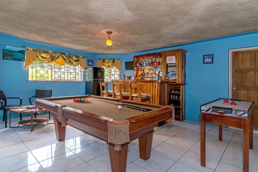 Jamaica villa all inclusive drinks and meals