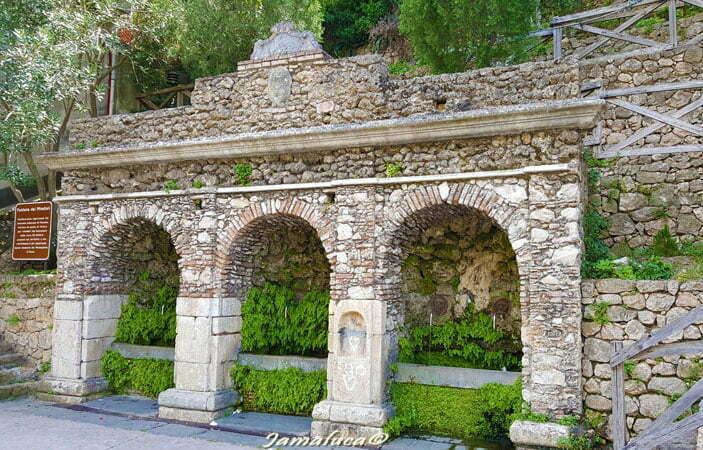 Fontana dei minatori Pazzano